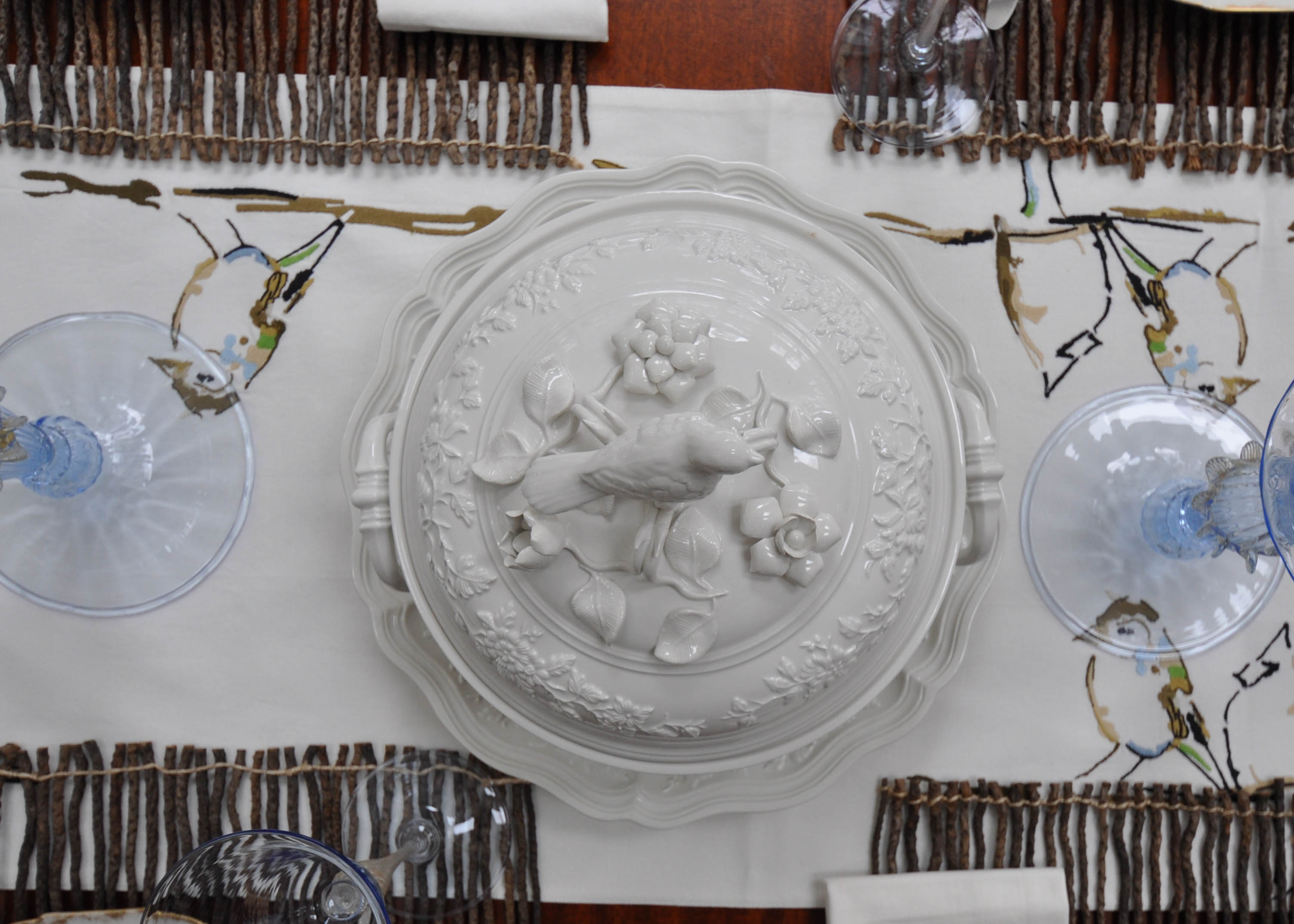 Bird Plates with Tureens-316