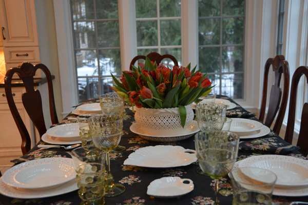 Oragne Parrot Tulips Creamware-3