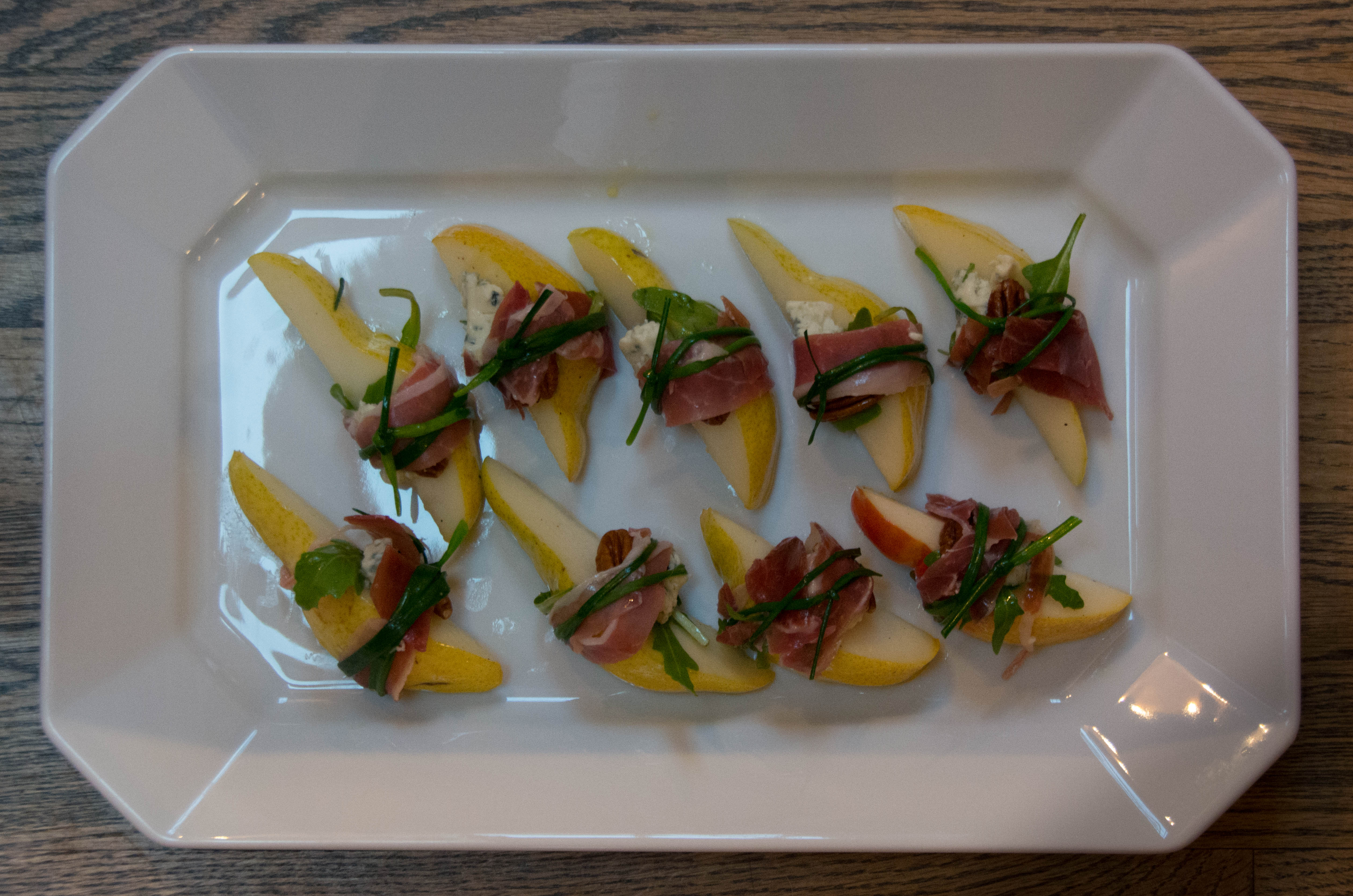 proscuitto-wrappedpearspecansbluecheese-1429