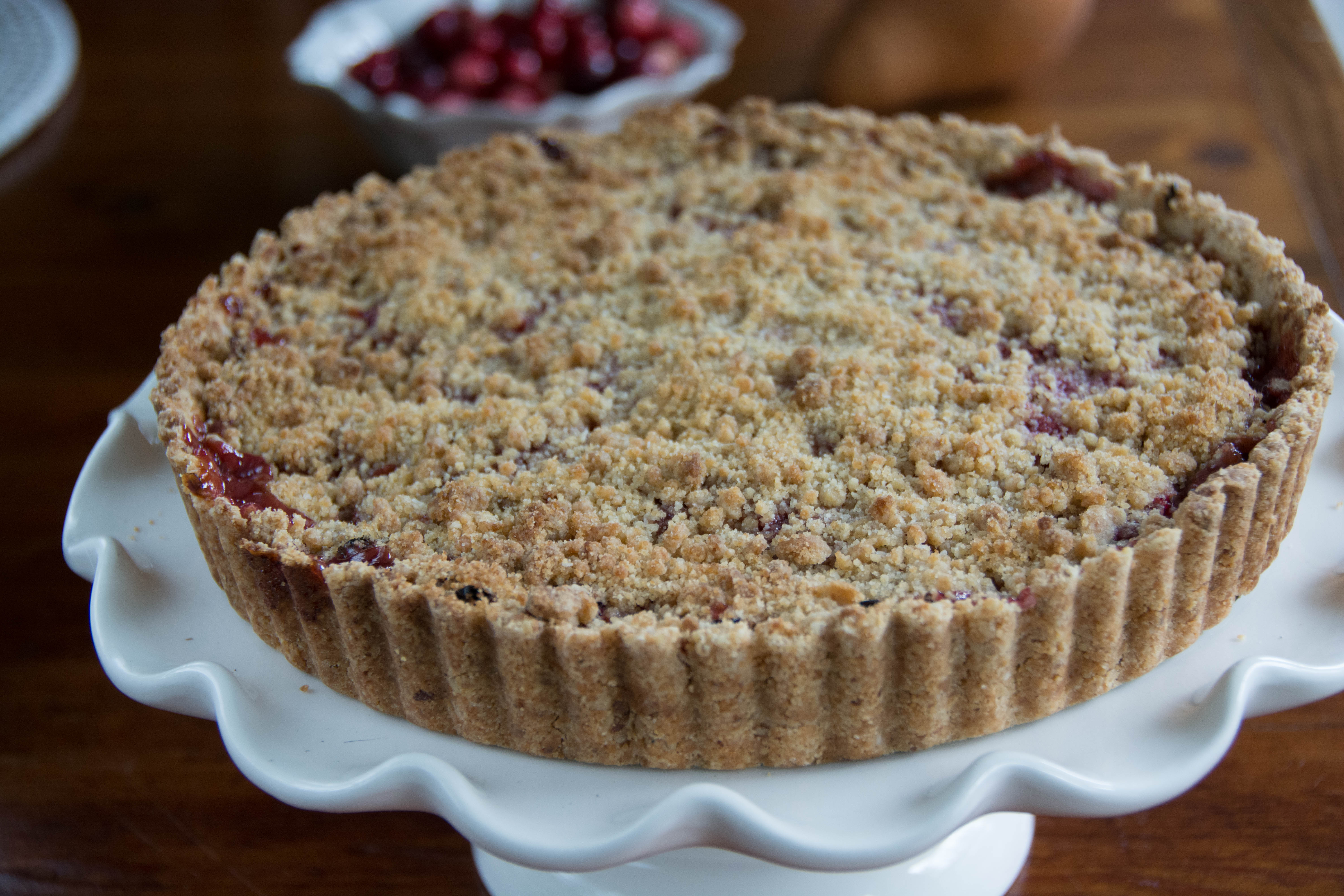 Pear and Cranberry Tart with Walnut Crust – Entertablement