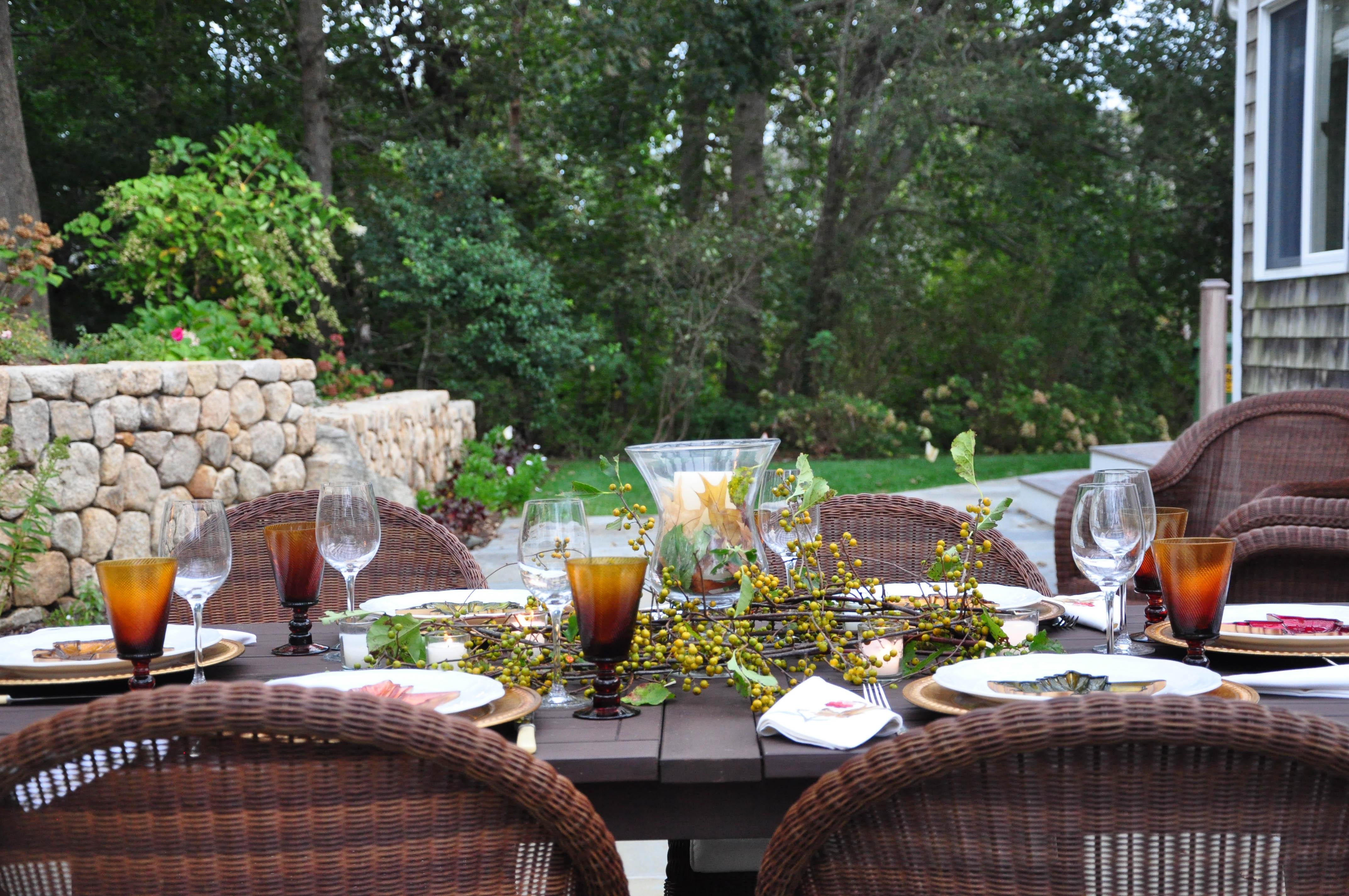 six-autumn-tables-10183