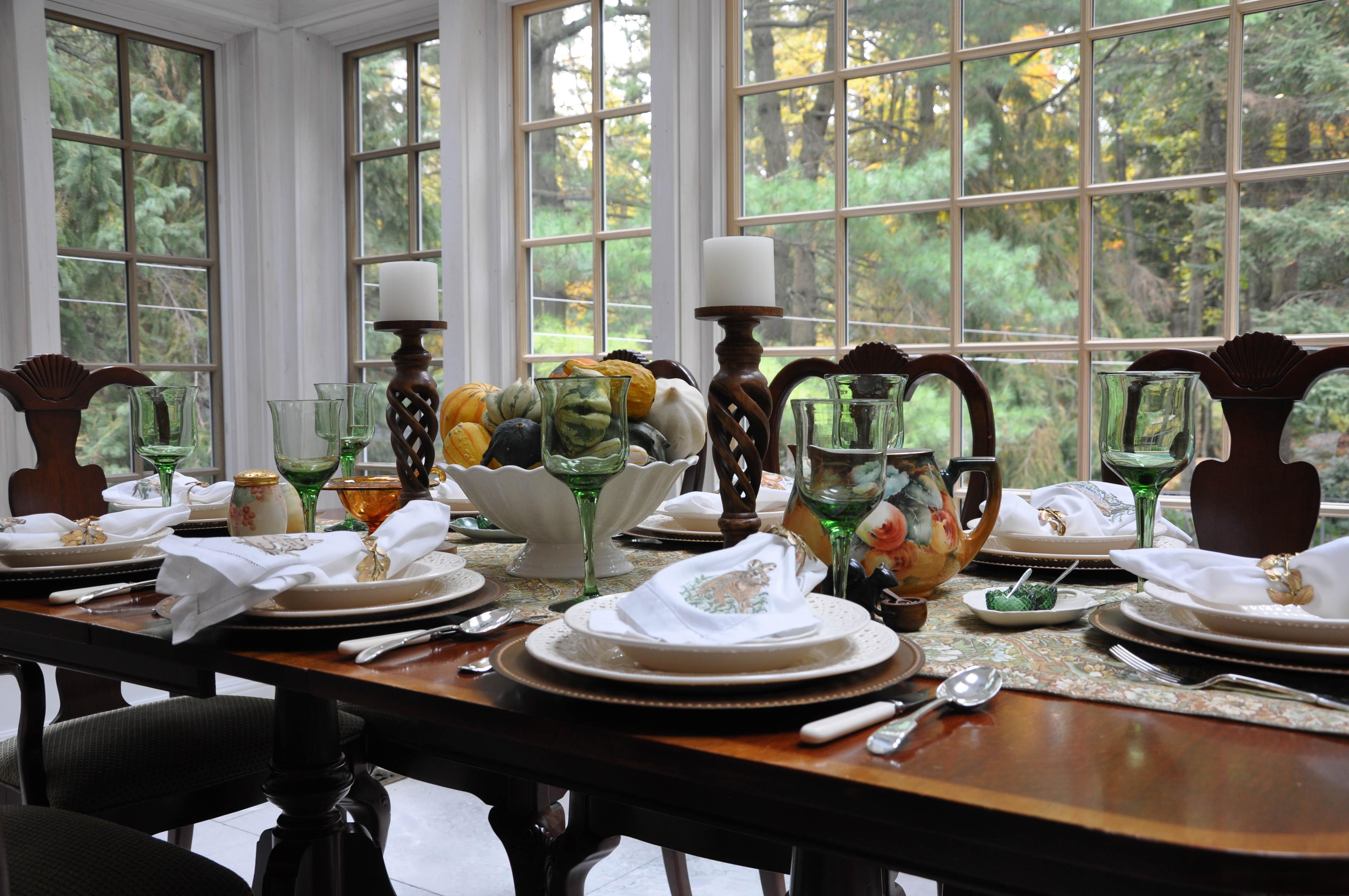 six-autumn-tables-41857