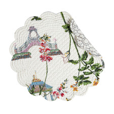 Garden+Folly+Reversible+Round+Quilt+Placemat+(Set+of+6)
