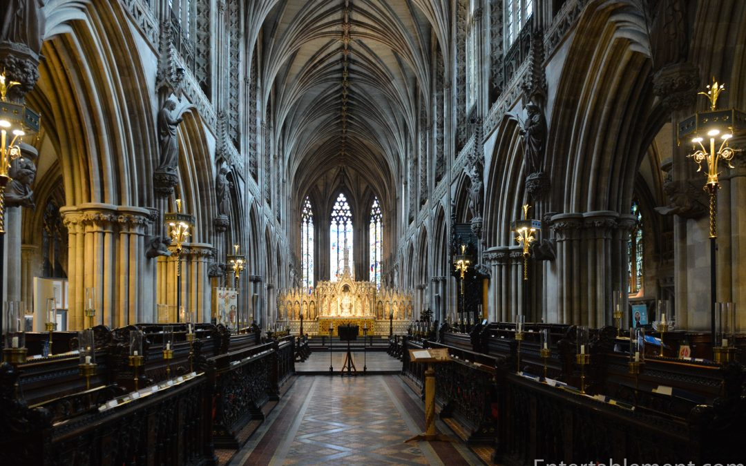 Entertablement Abroad – Lichfield Cathedral, aka The Ladies of the Vale